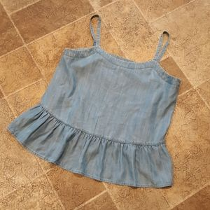 NWT Crown & Ivy women's size PM chambray top